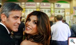 Clooney Canalis, superenalotto per haiti