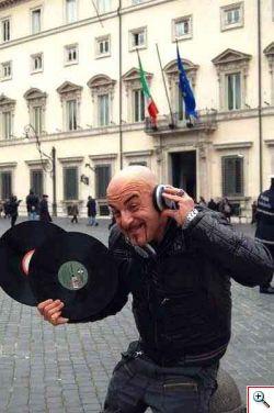 Droga: Dj Aniceto Indignazione per campagna politica per liberalizzazione