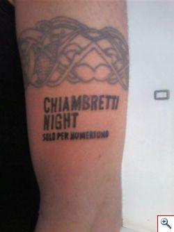 DJ Aniceto si tatua Chiambretti Night