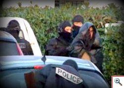 Dopo lo choc di Tolosa la Francia reagisce, decine di arresti in tutto il Paese.