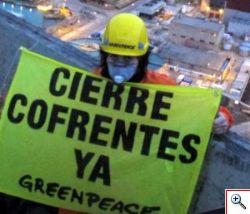 Greenpeace assalta centrale nucleare a Valencia