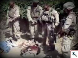 Video choc indigna il mondo. Quattro Marines urinano su afghani islamici uccisi.