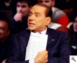 Santoro ospita Berlusconi a Servizio Pubblico: folla di spettatori tv e sul second screen. Ecco l'Infografica dei tweets